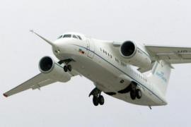 Un avión con 71 personas a bordo se estrella en Moscú
