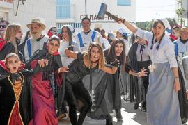 Ni el Papa quiso perderse el carnaval de Formentera