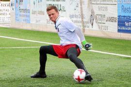 El portero Henrik Lindhard ya se ejercita con el Formentera