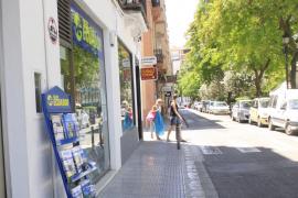 Agencias de viajes se niegan a adelantar los billetes a enfermos por la deuda del Govern
