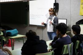 Científicas ibicencas hablarán de su labor investigadora en centros educativos