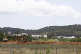 La tierra de las autovías no se deposita en las canteras como marca el proyecto