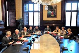 JxCat y ERC se enfrentan en la Mesa del Parlament por la tramitación de la Ley de la Presidencia
