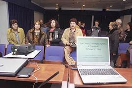 La Extensión Universitaria de Eivissa acoge el 'Primer curs de formació de glosadors'