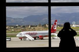 Las aerolíneas piden al Govern que no desaparezcan más compañías en Balears