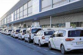 Los taxis estacionales trabajarán cinco meses de temporada en lugar de cuatro