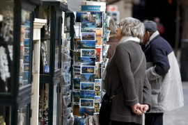 Baleares es la comunidad donde más baja la cifra de turistas extranjeros, un 32,7%