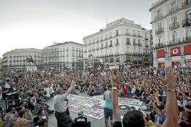El Movimiento 15-M protesta contra la reforma de la Constitución