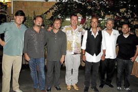 Cena en el restaurante Los Patos con la actuación de Los Secretos