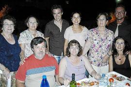 Cena a beneficio de la Fundación Vicente Ferrer en Santanyí
