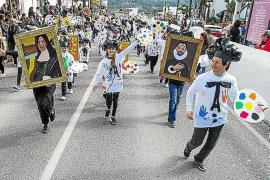 Sant Josep celebra su rúa y Santa Agnès su festa de s'ametlla