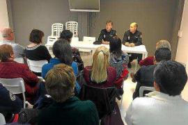 La Mesa por la convivencia de Ibiza se reúne con la Policía Nacional