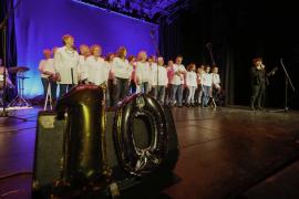 Canblaugospel celebra su décimo aniversario .