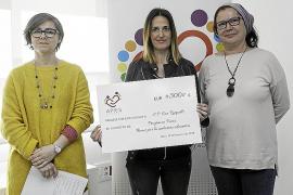 APIES entrega 3.000 euros a cuatro colegios de Ibiza para mejorar la inclusión educativa