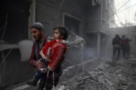 Ascienden a más de cien los civiles muertos por los últimos bombardeos del Ejército sirio contra Ghuta Oriental