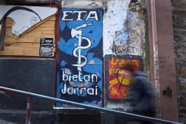 La banda terrorista ETA plantea su disolución definitiva
