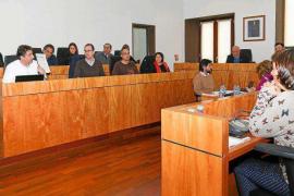 PP y Epic acusan a Vila de «fraude electoral» por no mostrar el pacto de gobierno municipal