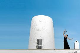 Nieves Portas rinde homenaje a la música y a la danza española