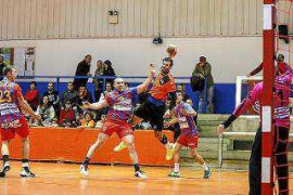 El HC Eivissa sale de la zona de 'play off'