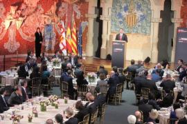 """Felipe VI atribuye el éxito del MWC a la cooperación institucional """"en beneficio de todos"""""""