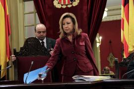 El Parlament reprueba a tres consellers del Govern
