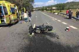Ingresados en la UCI un motorista y un ciclista accidentados en Sant Joan y Vila
