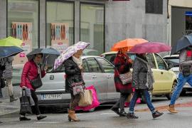 El temporal de frío siberiano deja máximas de 10 grados y fuertes lluvias en las Pitiusas