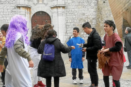 Alumnos del IES Sa Blanca Dona, los mejores guías para conocer Dalt Vila