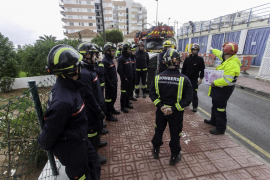 Los Bomberos de Ibiza estrenan una  autoescalera de 32 metros de altura