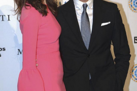 Eva González y Cayetano Rivera ya son padres