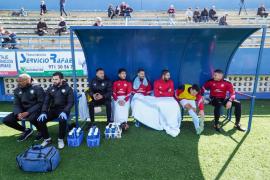 El partido entre la UD Ibiza y el Santanyí, en imágenes (Fotos: Marcelo Sastre).