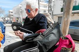 Eva pasó la noche del lunes en la calle y asegura que Servicios Sociales no hizo nada por evitarlo