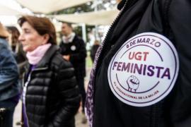Una marea morada para sumar mujeres a la huelga