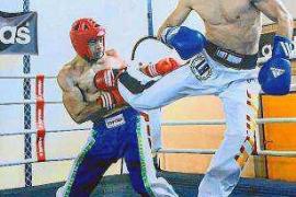 'Masterclass' de kick boxing con el campeón de España Manu García