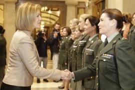 El PSOE pide a Defensa que presente a las Cortes Generales un estudio sobre el estancamiento de la mujer en la milicia