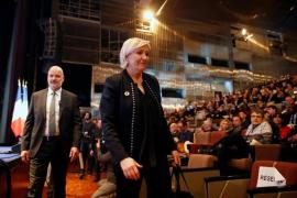 Marine Le Pen, reelegida presidenta del Frente Nacional