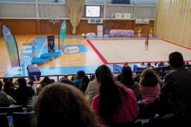 Gimnasia rítmica en el polideportivo de Santa Eulària (Fotos: M. Sastre)