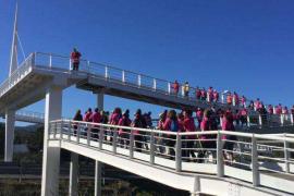 Más de 100 personas participan en el 'Feim camí per les dones'