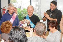 Vicent d'en Jordi deja la presidencia de la colla de l'Horta tras su fundación hace 40 años