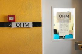 La Oficina de Información al Inmigrante cierra temporalmente por falta de personal