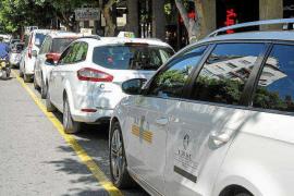 Vila se decanta también por la antigüedad en la concesión de estacionales del taxi
