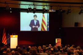 Puigdemont se reúne hoy en Bélgica con los diputados de JxCat