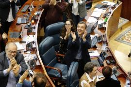 Cifuentes tumba la LEMES del PP tras equivocarse en la votación y hace que prospere el texto alternativo de Podemos