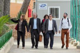 Los docentes de Sant Carles pedirán cambios para ganar espacio en la ampliación
