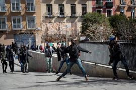 Enfrentamientos entre senegaleses y policías