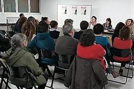 """Prou! convocará una manifestación a finales de abril contra la """"situación caótica de Ibiza"""""""