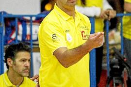 Marcelo de Stefano, entrenador del Ushuaïa: «No jugar el 'play off' no es un fracaso»