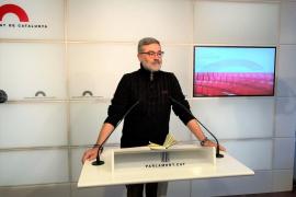 La CUP pide al Parlament pronunciarse sobre el voto delegado de Puigdemont y Comín