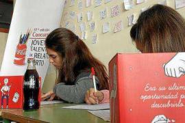 Una brújula inspira a 255 estudiantes en el 'Concurso jóvenes talentos' de relato corto de Coca-Cola