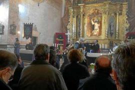 El Santísimo Cristo del Cementerio concluyó este domingo su Novenario